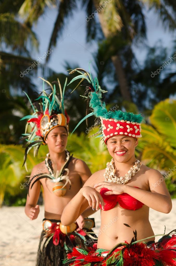 Young Polynesian Pacific Island Tahitian Dancers Couple