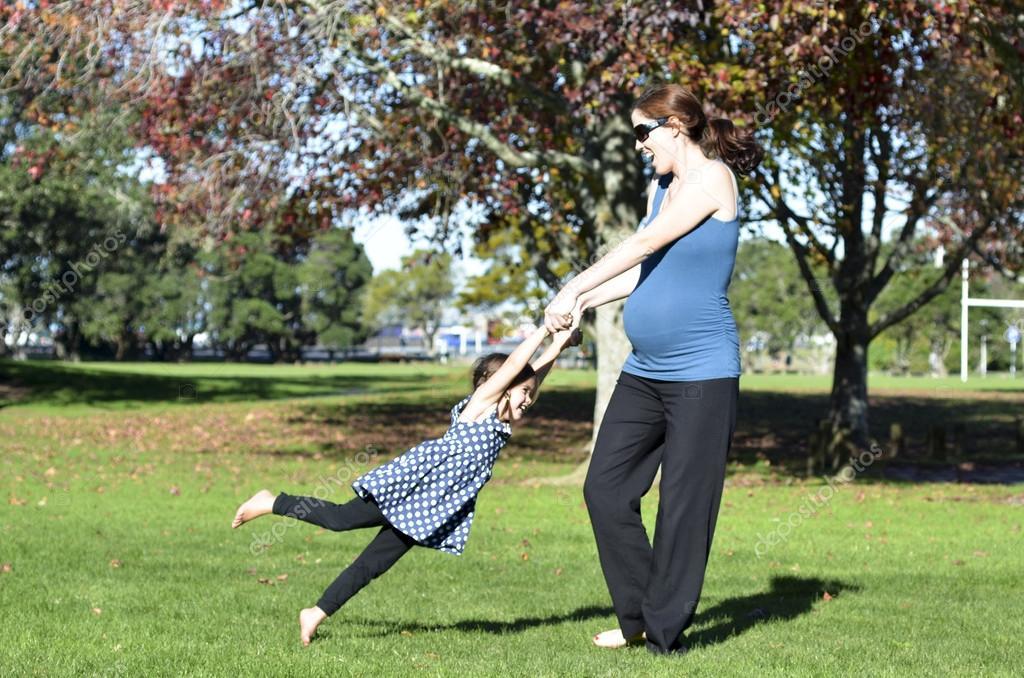Pregnant woman family