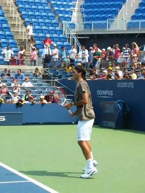 Professional tennis player Roger Federer practices for US Open