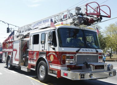 Huntington manor itfaiye yangın kamyon, huntington, new york içinde geçit töreni