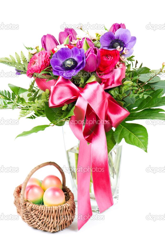 oeufs de p ques et de bouquet de fleurs printanier color photographie liligraphie 13417024. Black Bedroom Furniture Sets. Home Design Ideas