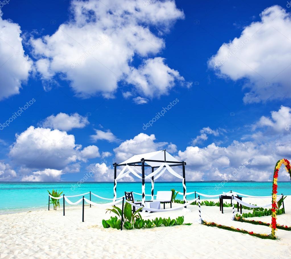 Tropische Hochzeit Lage Malediven Stockfoto C Liligraphie 13765745