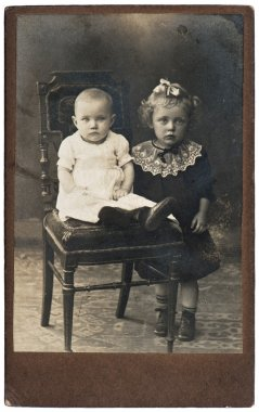 Vintage nostalgic portrait of two girls