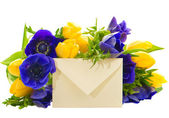 Fotografie colorful flowers bouquet with gift card