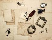 accessori depoca, vecchie lettere, pagine, cornici per foto
