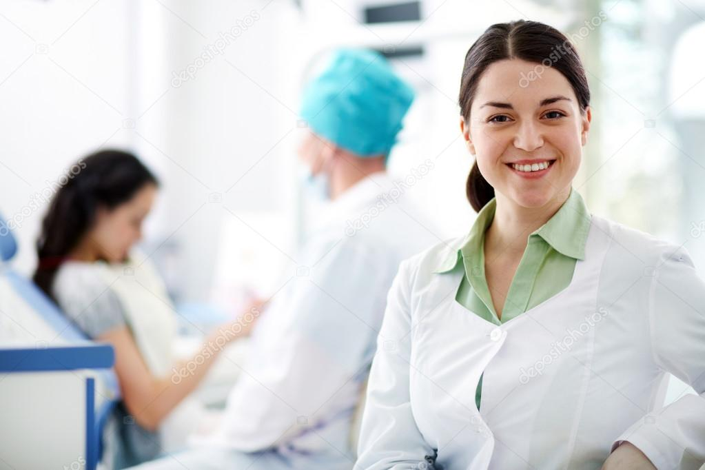 Assistant of dentist