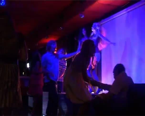 Taneční klub