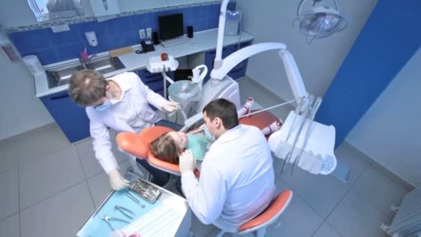 Working dentist