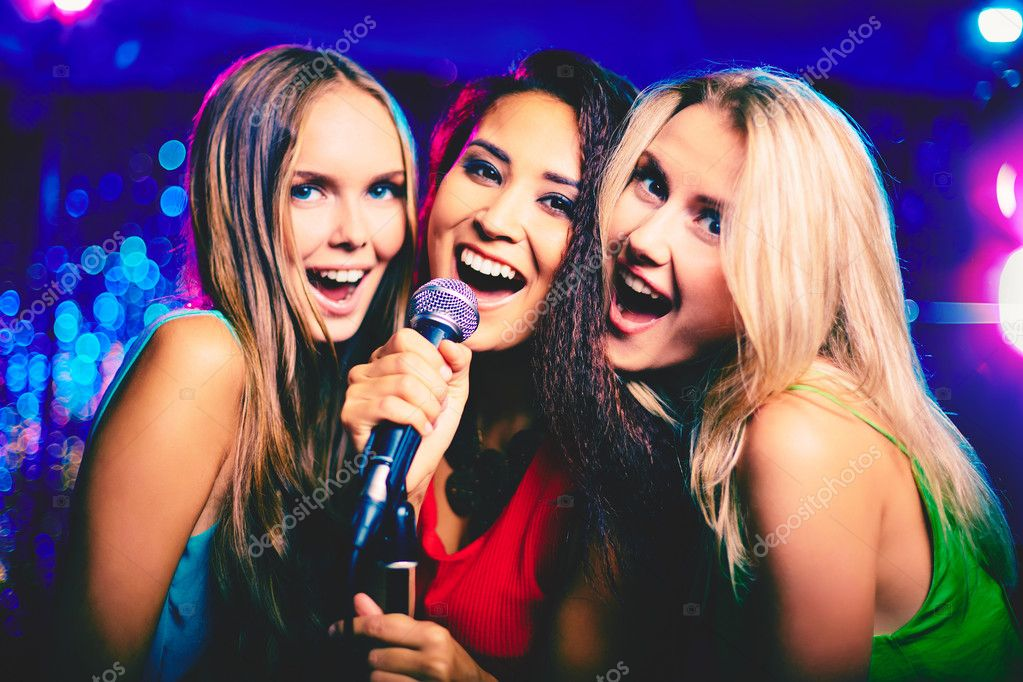 ᐈ Retro karaoke stock photos, Royalty Free karaoke bar images | download on  Depositphotos®