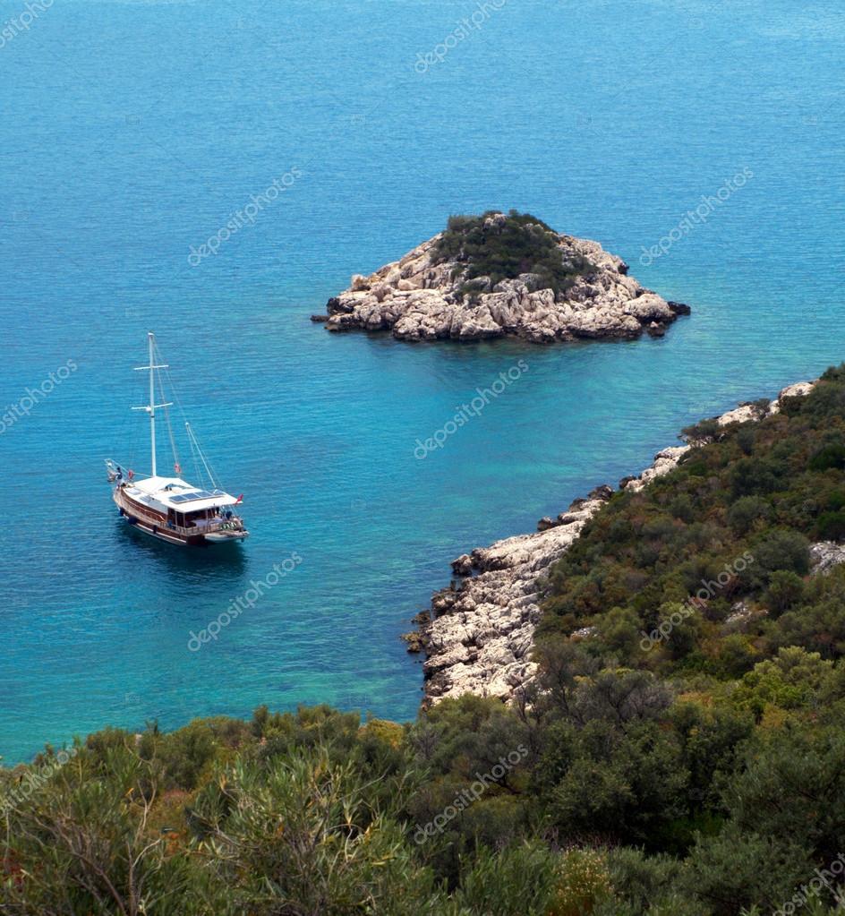 sea, beach and sailing