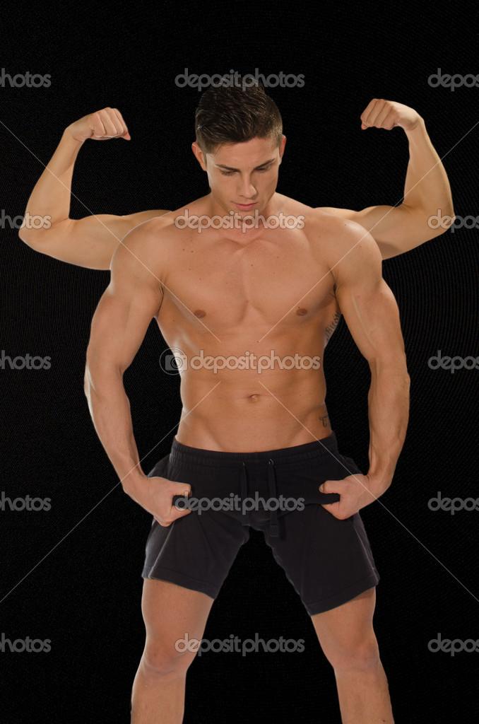 muskulöse nackte männer