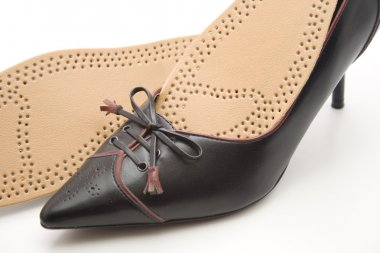Ladies shoes with shoe insert