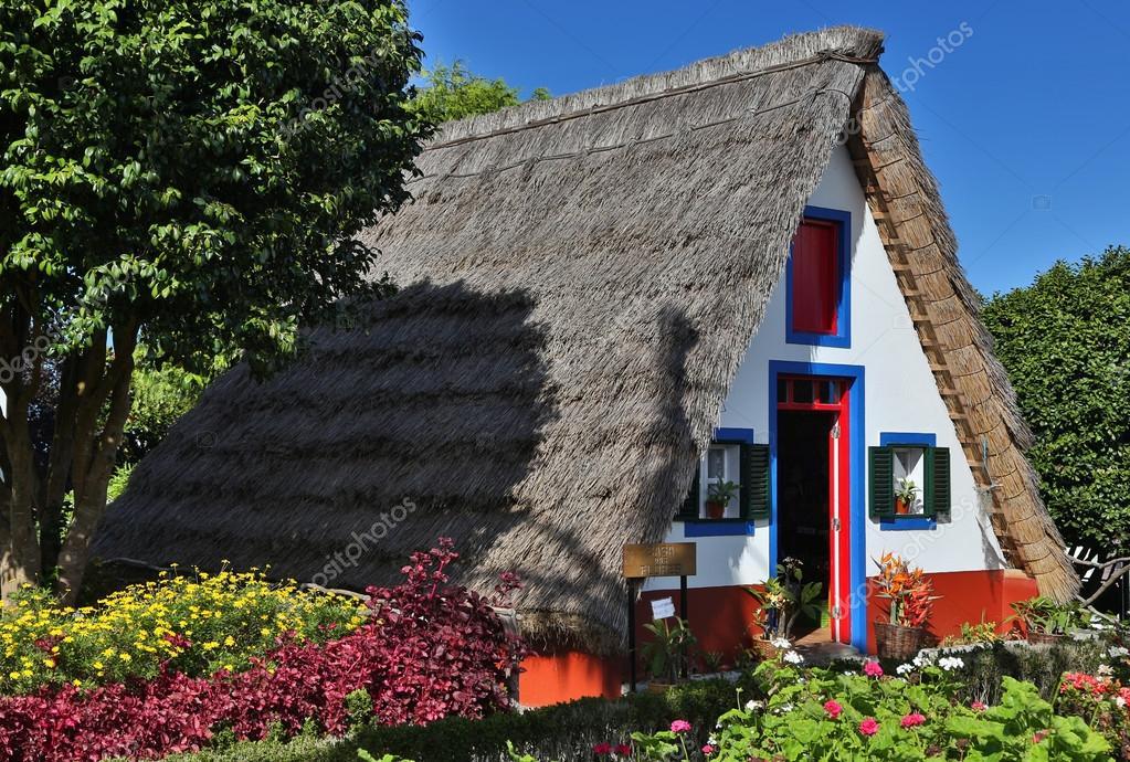 Cottage tradizionale di santana madeira portogallo 02 for Piani architettonici di cottage