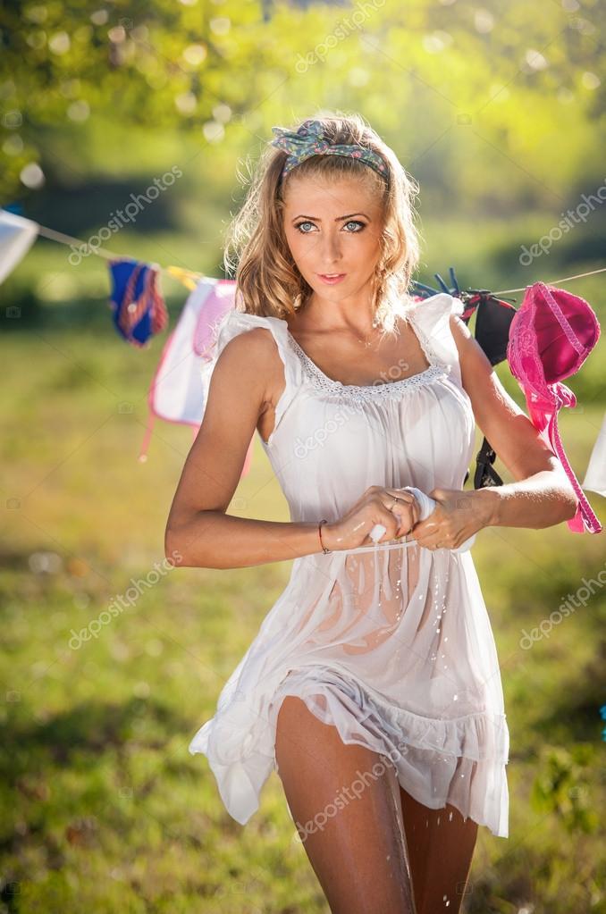 Kleid Skinny Blonde Teen Teen walking