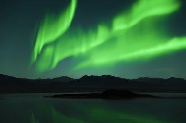 Northern lights land