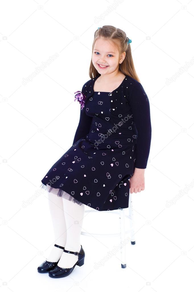 d6cd8c710 niña vestida de negro — Fotos de Stock © lotosfoto1  43384349