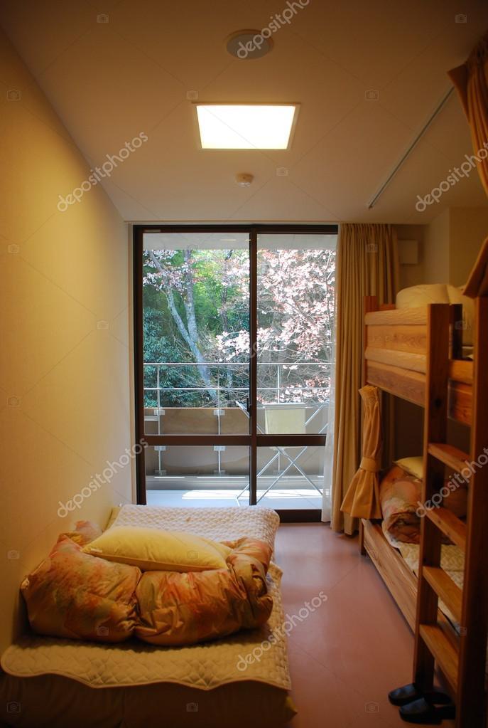 camera giapponese con letto a castello — Foto Stock © boydz1980 ...