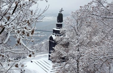 Monument to Prince Vladimir in the snow