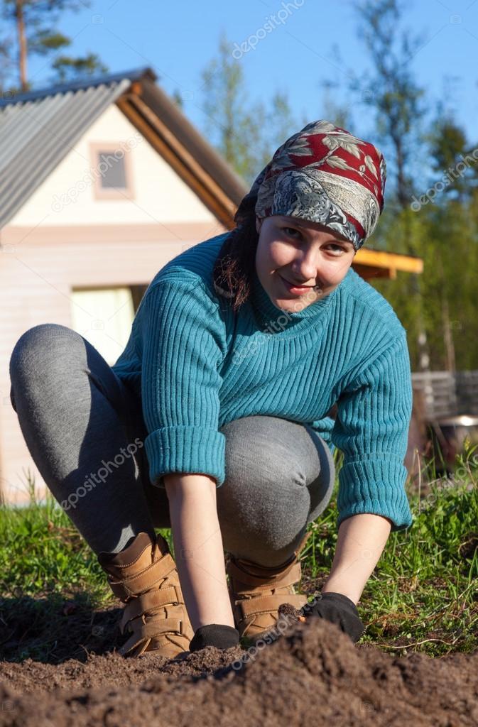 Фото девушек на даче, фото толстушек в сексуальной одежде