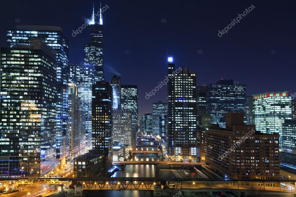 Фотообои Chicago at night.