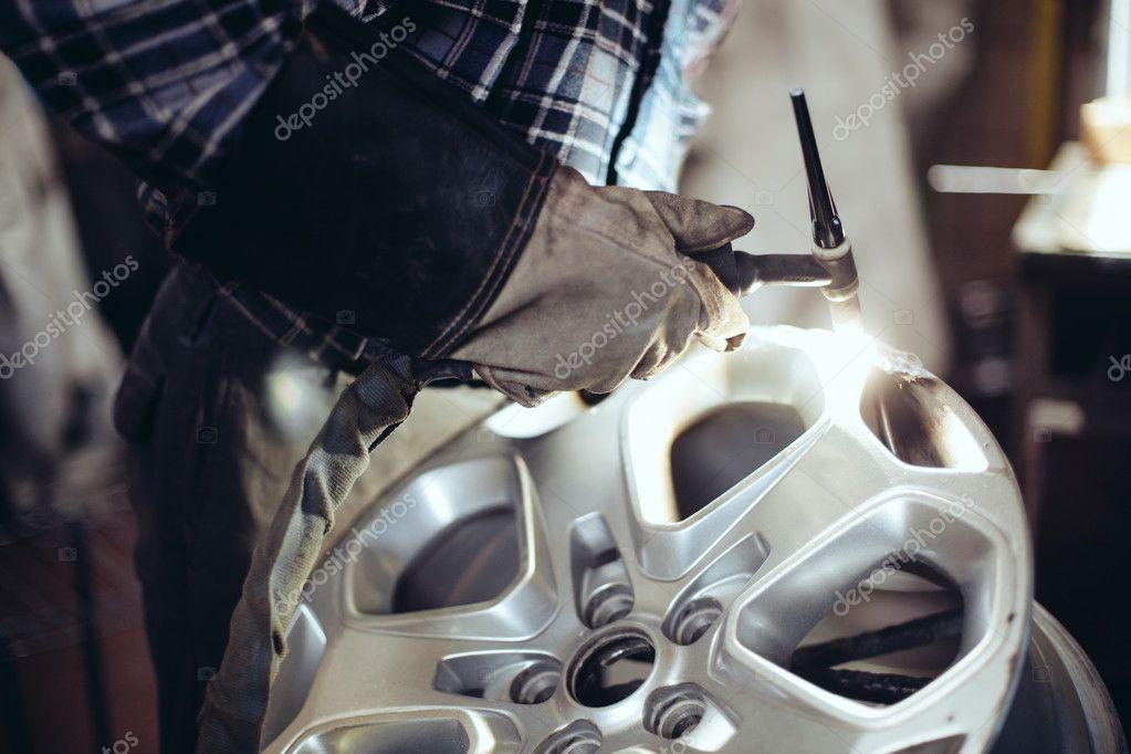 Alloy wheel repair