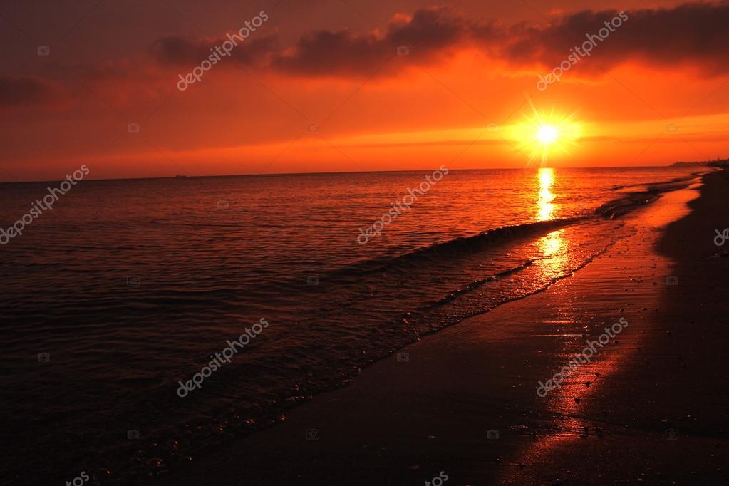 dawn sun on the sea