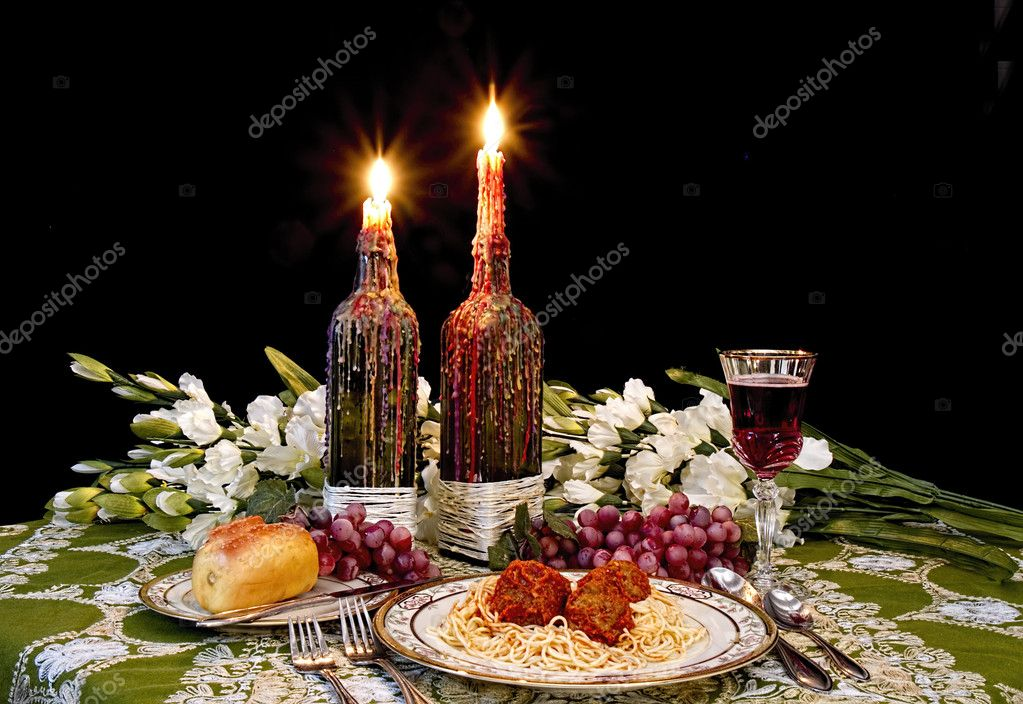 Dinner Table Setting (Italian Style) U2014 Stock Photo #32759435