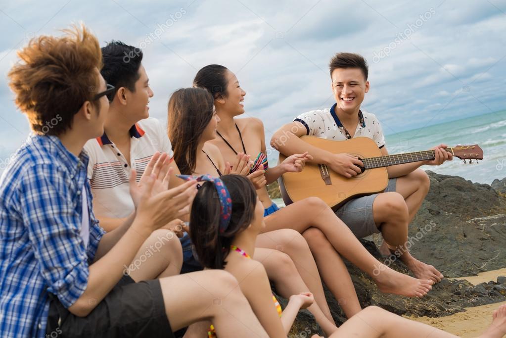 Guitar singing