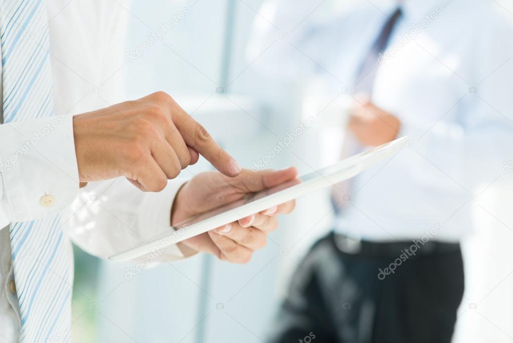 Pointing at touchscreen