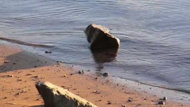 voda na skalách