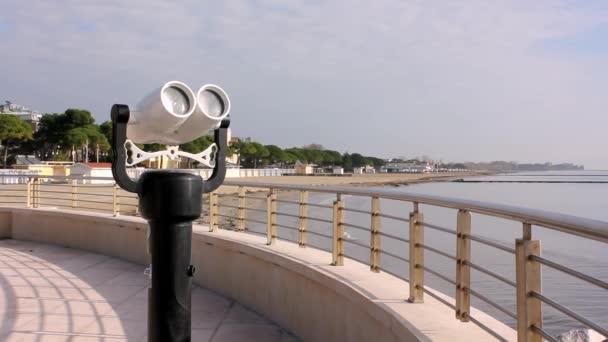 dalekohled na terase v grado beach