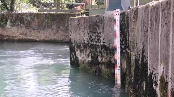 měřič hladiny vody
