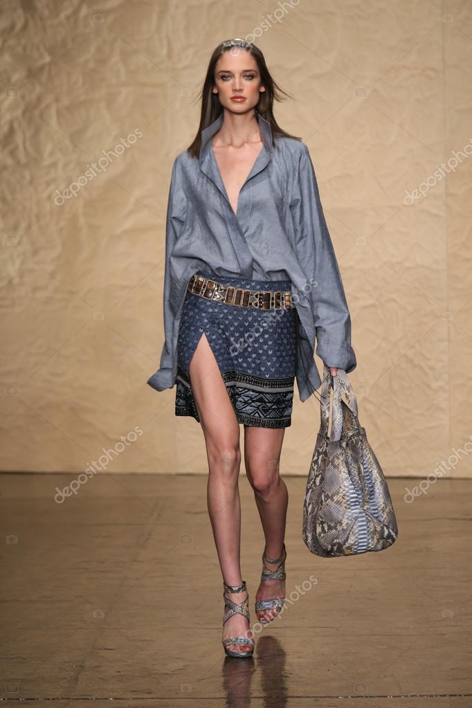 model walks at the donna karan fashion show stock editorial photo fashionstock 31832061. Black Bedroom Furniture Sets. Home Design Ideas