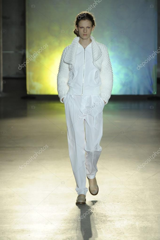 Model at MM6 Maison Martin Margiela show – Stock Editorial ...