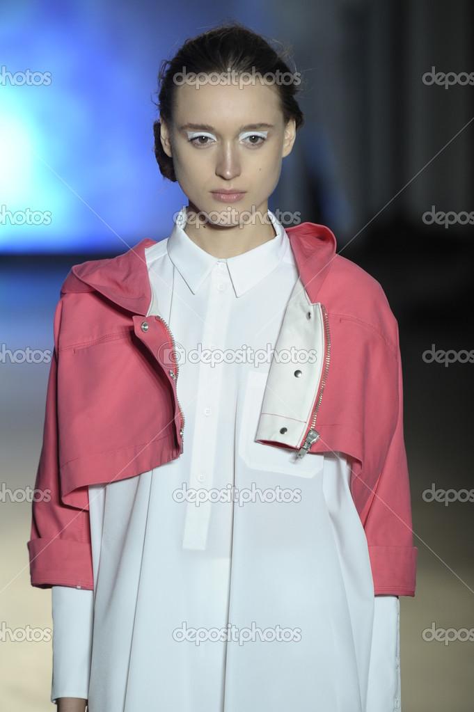 Model at MM6 Maison Martin Margiela show – Stock Editorial Photo ...