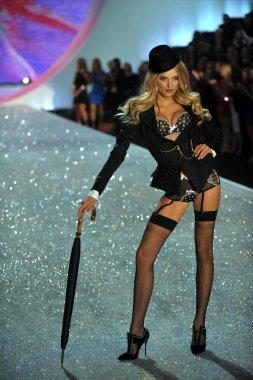 Victoria's Secret Lily Donaldson