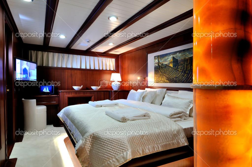Schlafzimmer Luxus Segelboot Redaktionelles Stockfoto C Enisu