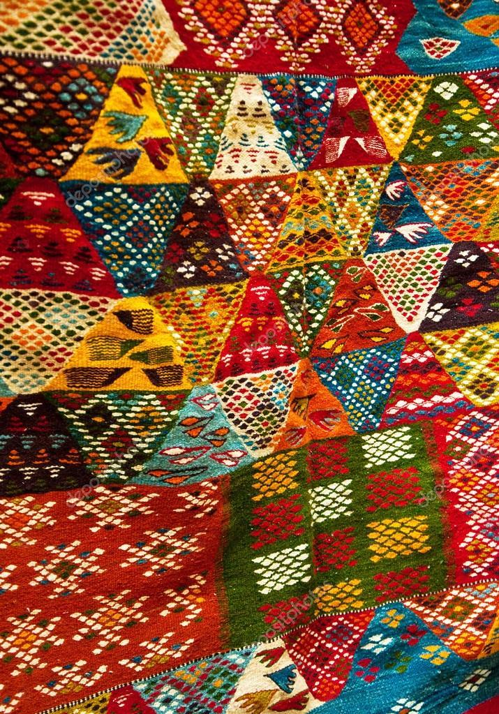 Alfombras bereberes marruecos pinturas brillantes de las - Telas marroquies ...