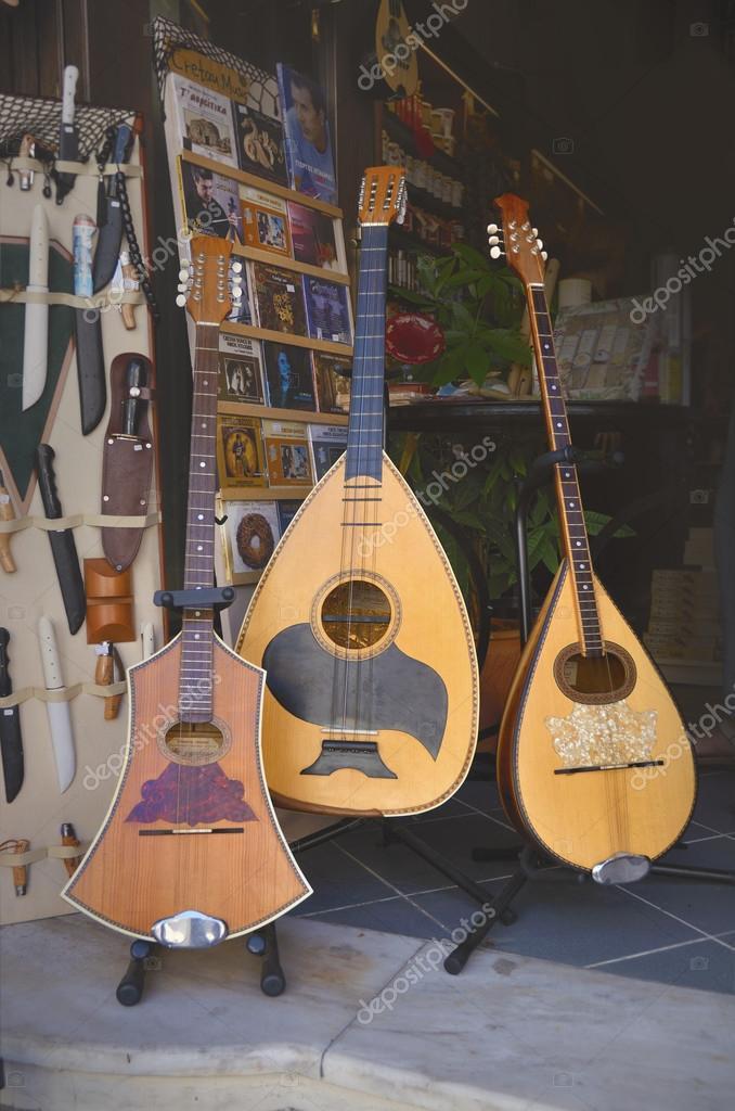 Greek lira Musical instrument Buzuk — Stock Photo