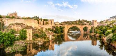 Panorama of famous Toledo bridge in Spain, Europe.