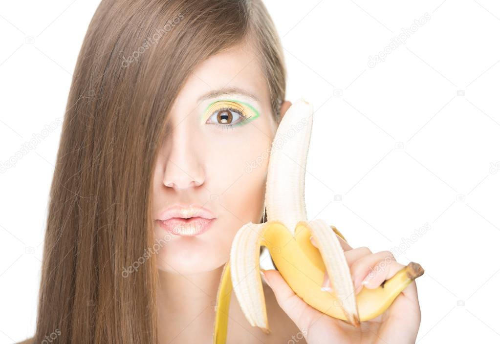 krasivie-devushki-s-bananom