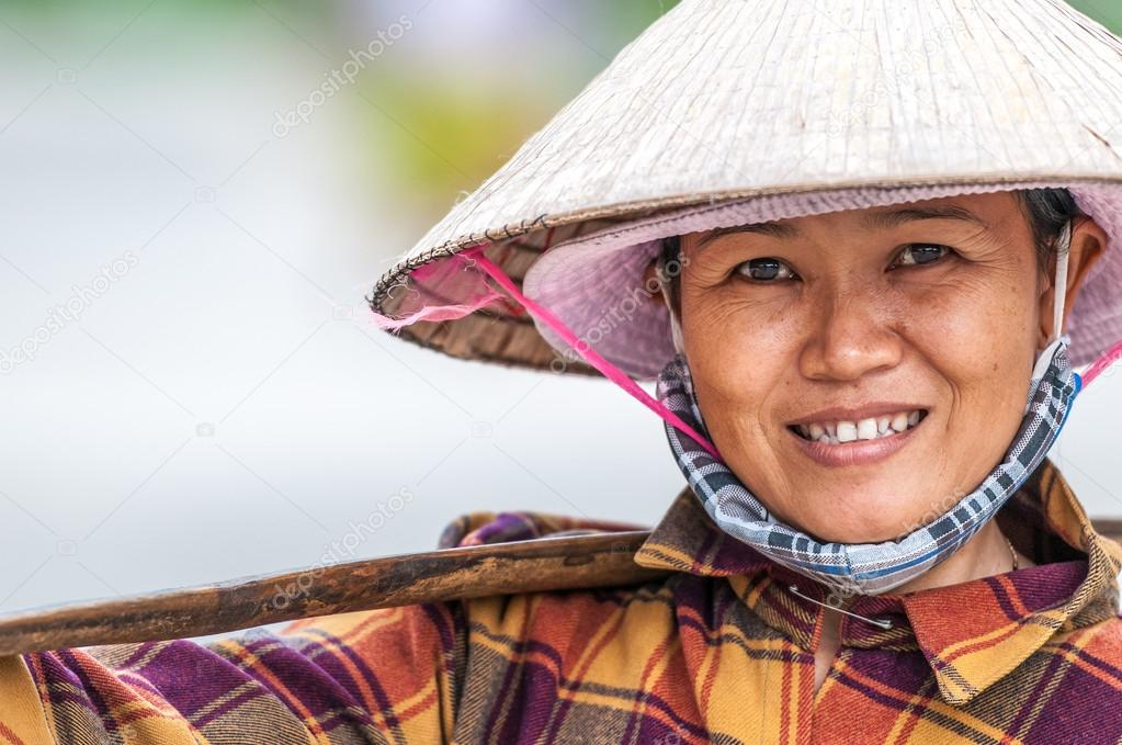 women in vietnam essay In vietnam, men and women enjoy equal rights to vote and stand for elections this was documented in the country's first constitution in 1946 in 1976, the first female candidate was nominated and elected to the national assembly (unescap 2010.