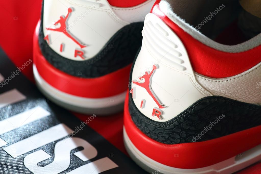 Nike Air Jordan Iii da55ebd51ea8