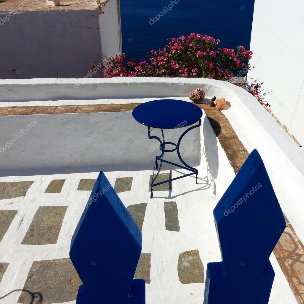 Terraza Típica De La Casa De La Isla Mediterránea Fotos De