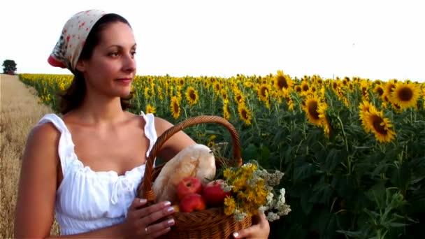 Selská žena jablko