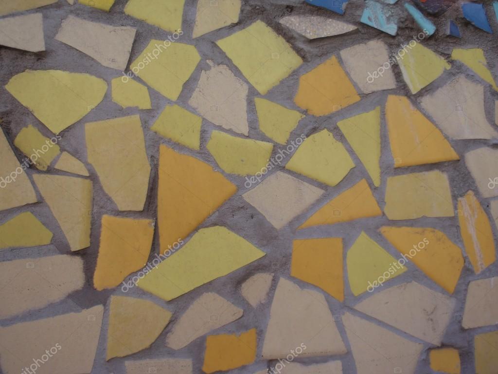 Mosaico di piastrelle rotte u2014 foto stock © premuda #19196157