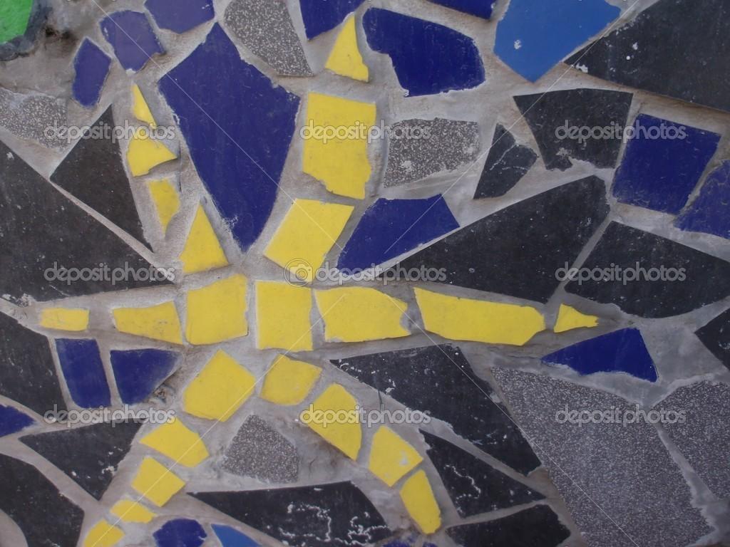 Mosaico di piastrelle rotte u foto stock premuda