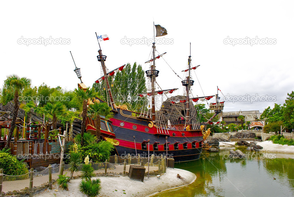 Peter bateau pirate de pan photo ditoriale - Bateau pirate peter pan ...