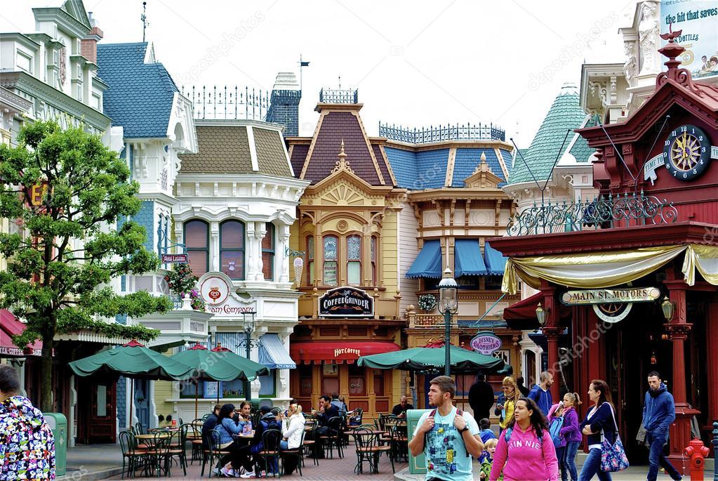 Disneyland main street houses