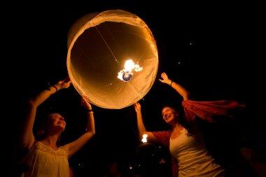 CHIANGMAI,THAILAND- NOV 24: release sky lanterns to worshi